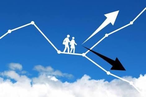 資産運用初心者は、銘柄を自分で選ぶべからず!ロボかプロに任せよう。